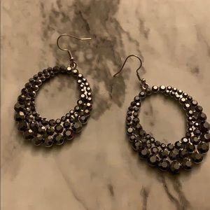 Jewelry - Women's grey rhinestone earrings